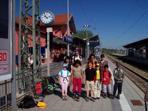 Nervös am Bahnhof