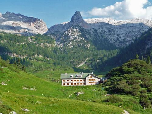Kärlingerhaus mit Schottmalhorn