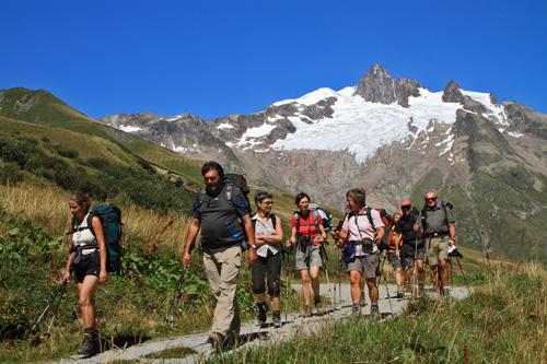 Abstieg nach Ville de Glacier