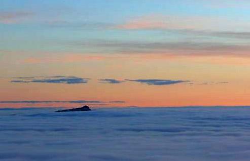 Der Untersberg spitzt raus