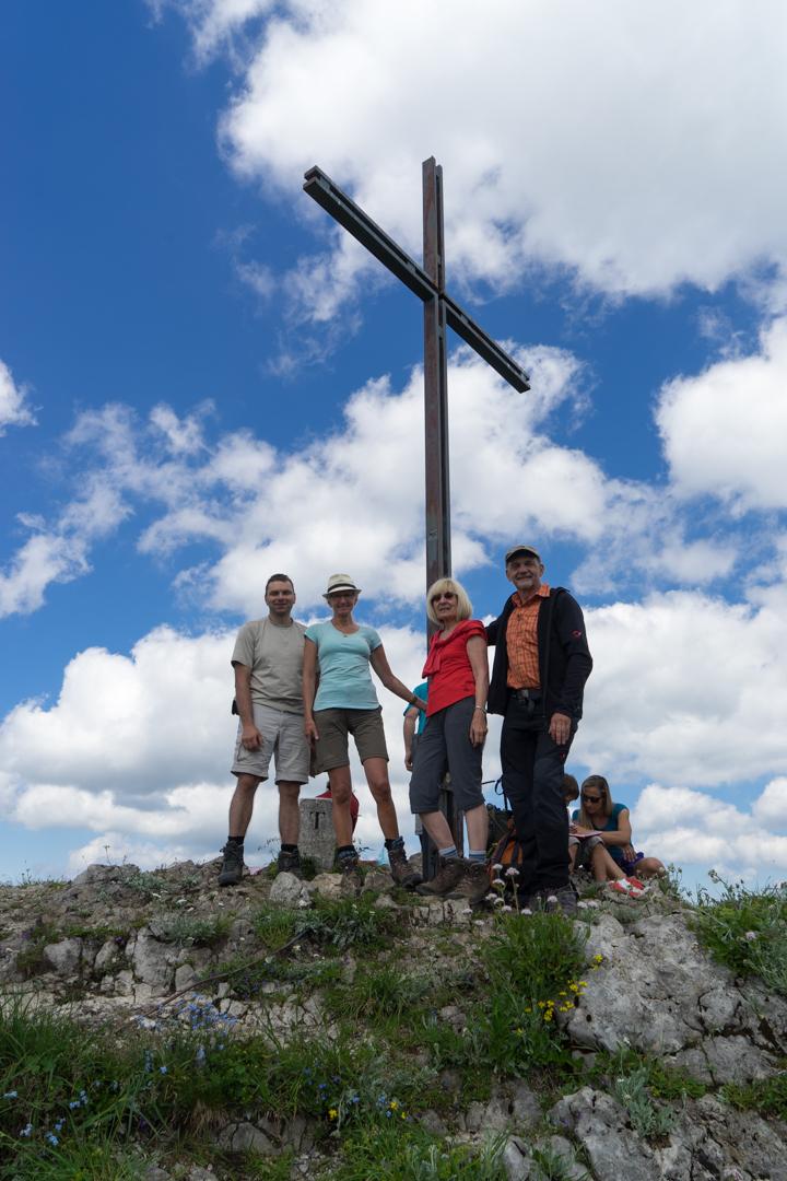 Am Gipfelkreuz Halserspitze